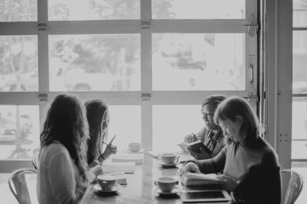 4 Ways to Build Sisterhood Among Planting Spouses